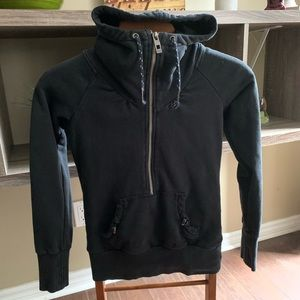 S Bench half zip sweater